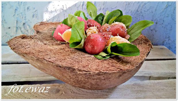 Orzeźwiająca sałatka owocowa