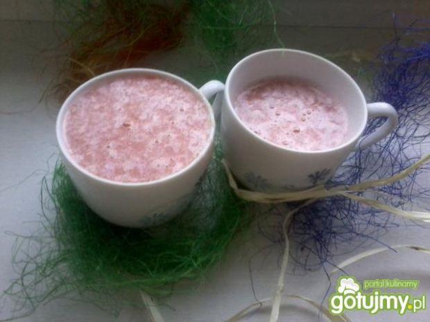 Orzeźwiający sok z grapefruita i cytryny