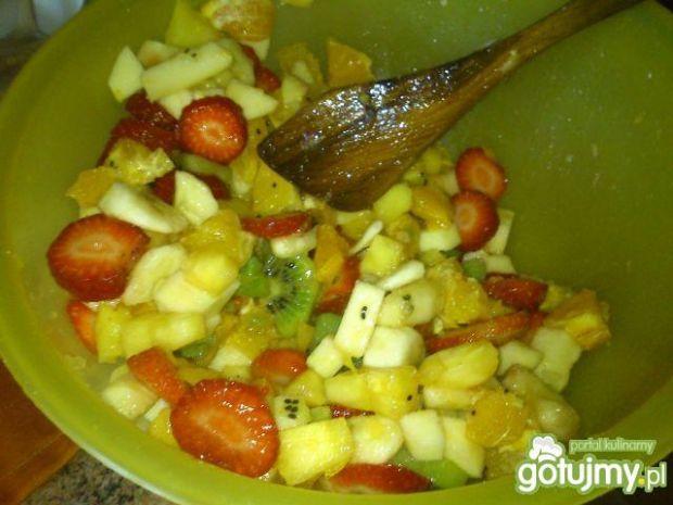 owocowa sałatka Mariel