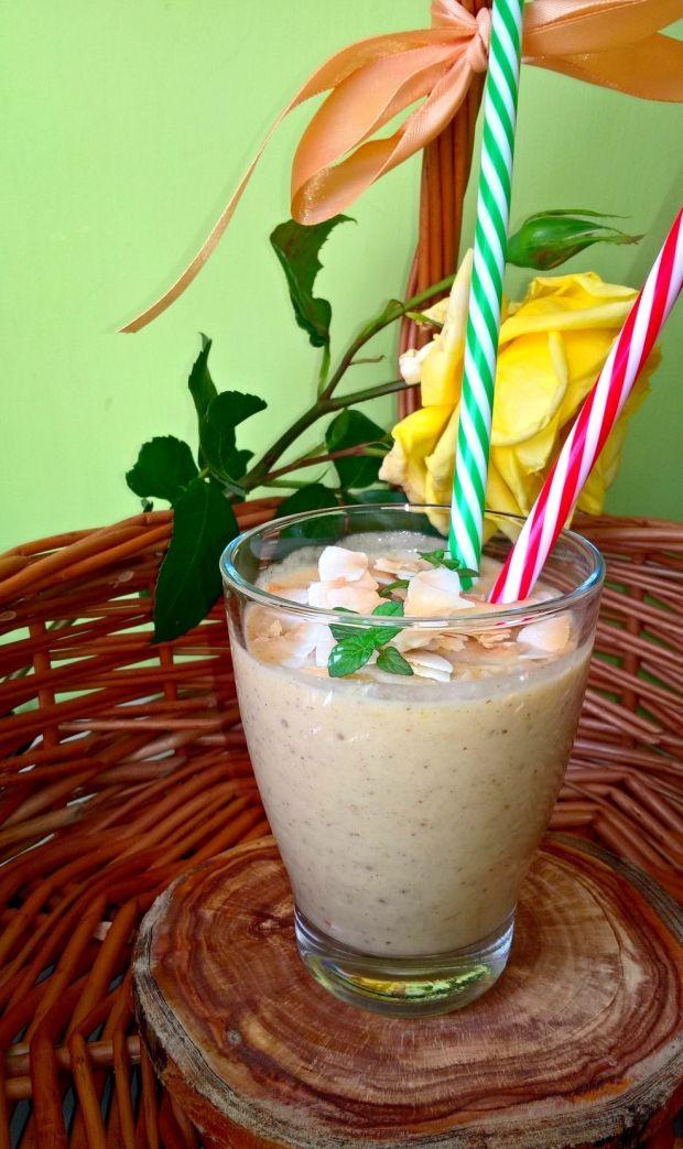 Owocowo migdałowe smoothie