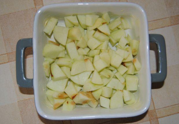 Owsiane crumble z winogronem i jabłkami