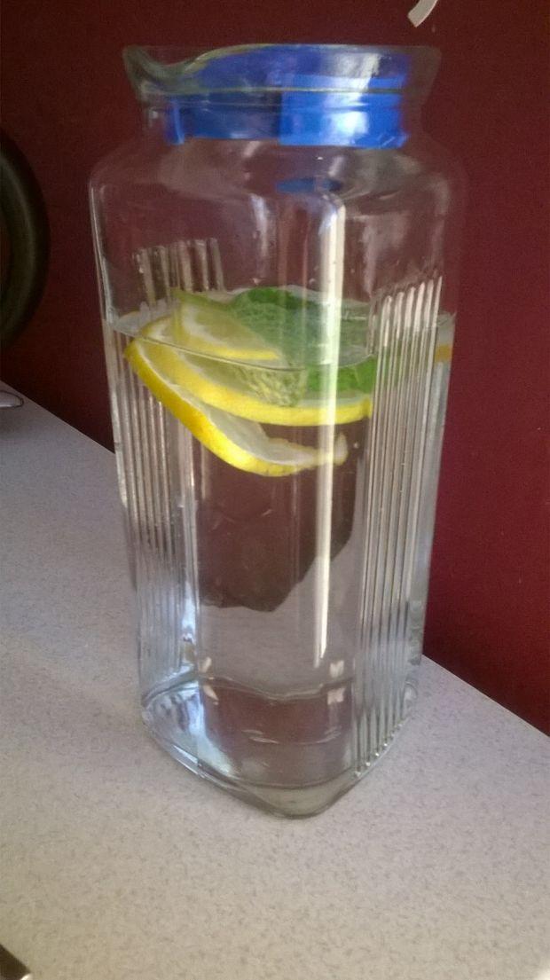 Ożeźwiająca woda na letnie dni
