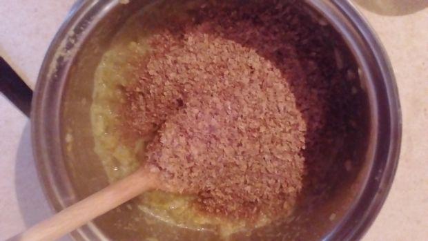 Pączki szpinakowe z gruszkami