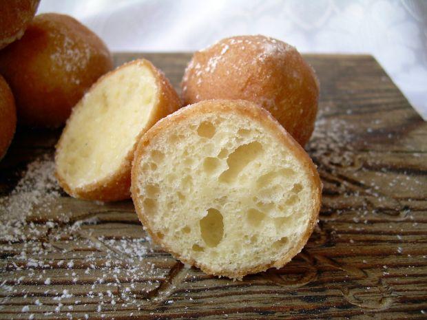 Pączki z serka homogenizowanego (z cytrynową nutą)