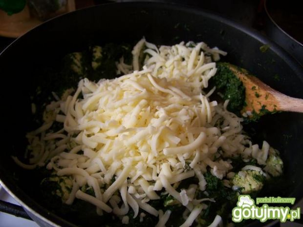 Pappardelle ze szpinakiem i mozzarellą