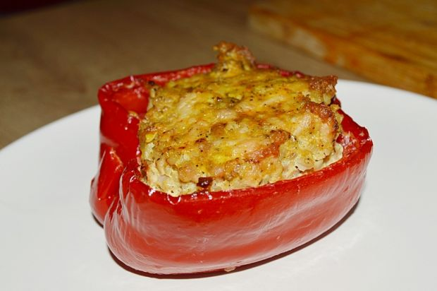 Papryka faszerowana mięsem mielonym i kaszą