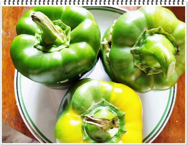 Papryka zielona Eli z gulaszem z serc wieprzowych