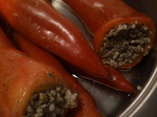 Papryki nadziewane mięsem i kaszą