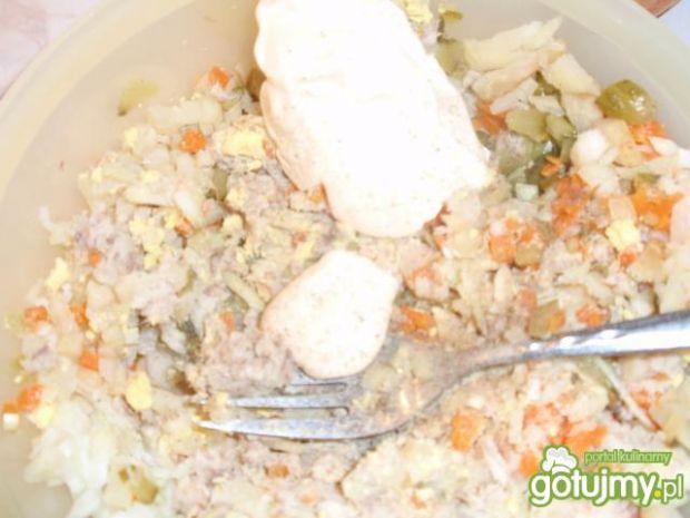 Pasta jajeczna z rybą wędzoną.