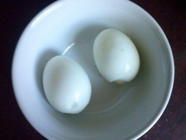 Pasta jajeczna ze śledziami i kukurydzą