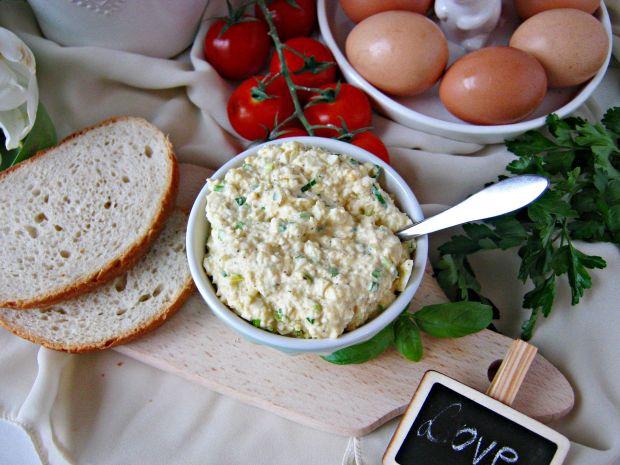Pasta jajeczna ze szczypiorkiem i musztardą