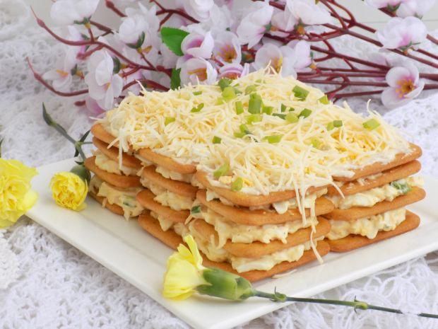 Pasta jajeczno-serowa na krakersach