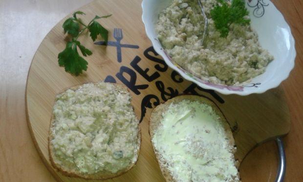 Pasta na chleb z makreli