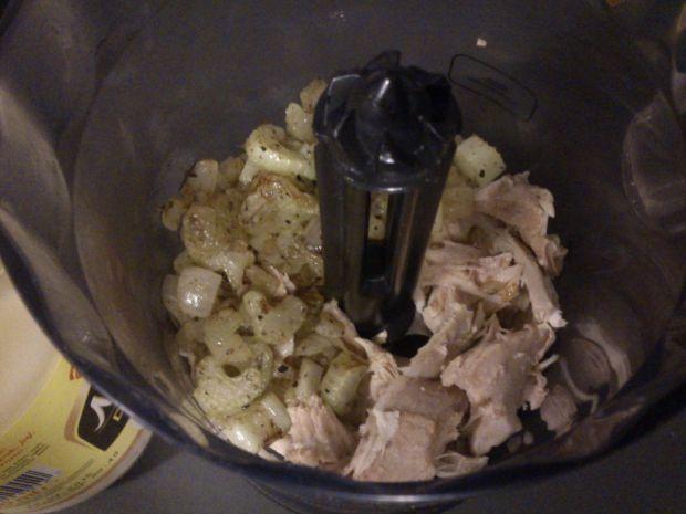 Pasta na kanapki z kurczaka