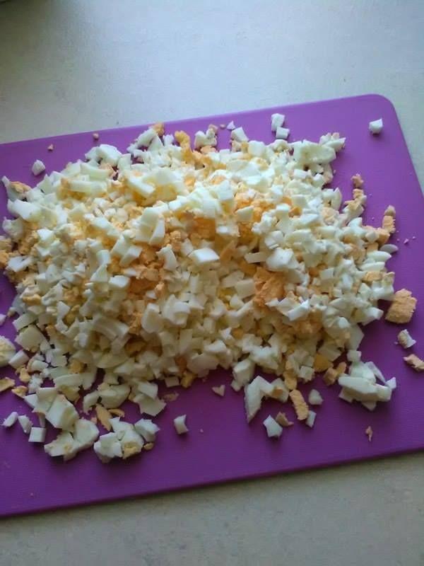 Pasta z jaja szczypiorku i sera na kanapki