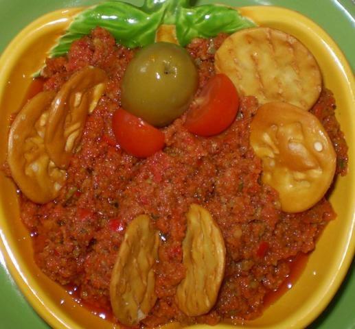 Pasta z suszonych pomidorów i bobu :