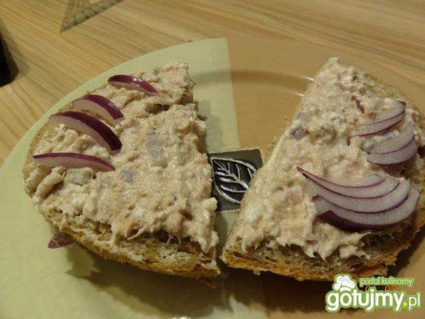Pasta z tuńczyka i sera białego