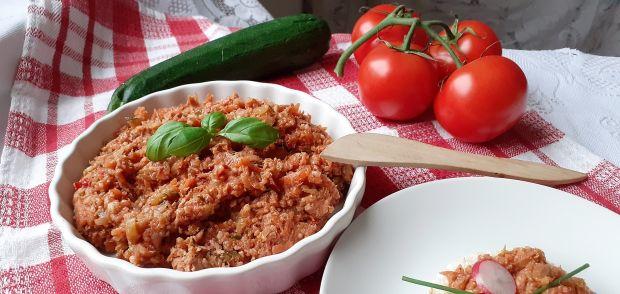 Pasta z tuńczyka, kaszy jaglanej i warzyw