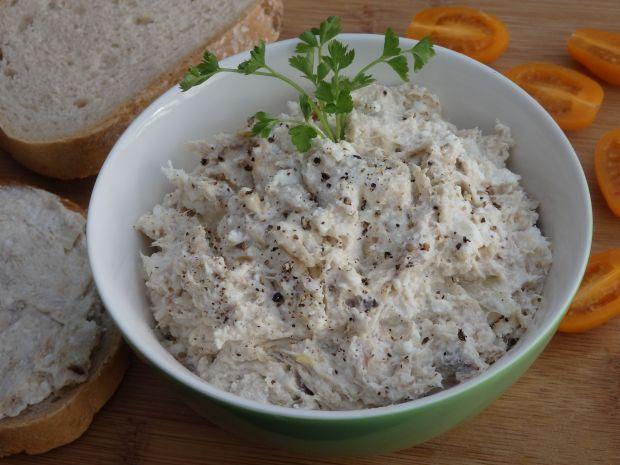 Pasta z wędzonej makreli z twarogiem