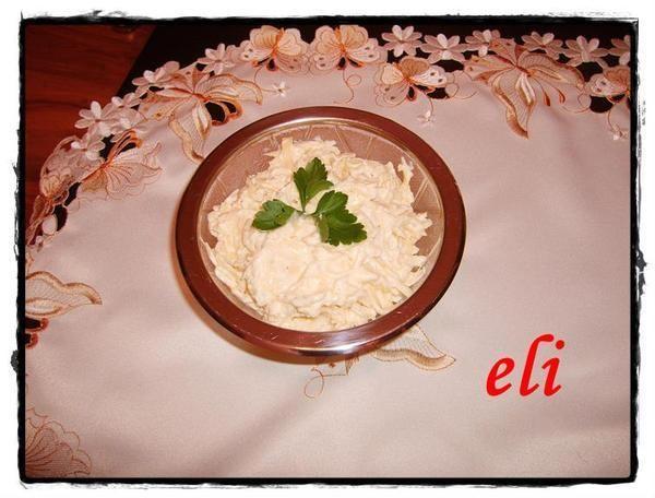 Pasta z żółtego sera Eli