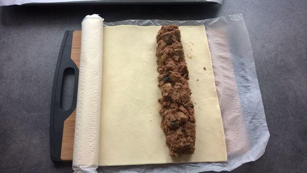 Paszteciki z mięsem i pieczarkami
