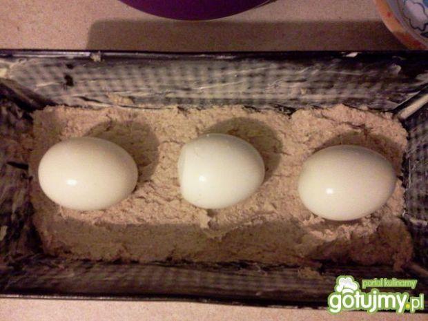 Pasztet drob. z jajem i chrzanową nutką