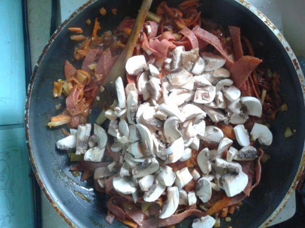 Pęczakowa zapiekanka włosko-chińska