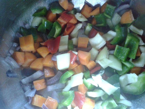Pęczatto z warzywami i jajkiem