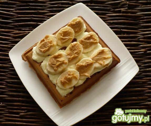 Pełnoziarniste gofry orzechowe z bananem