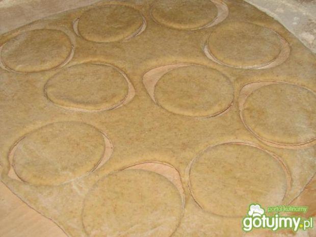 Pełnoziarniste kluski na parze z serem