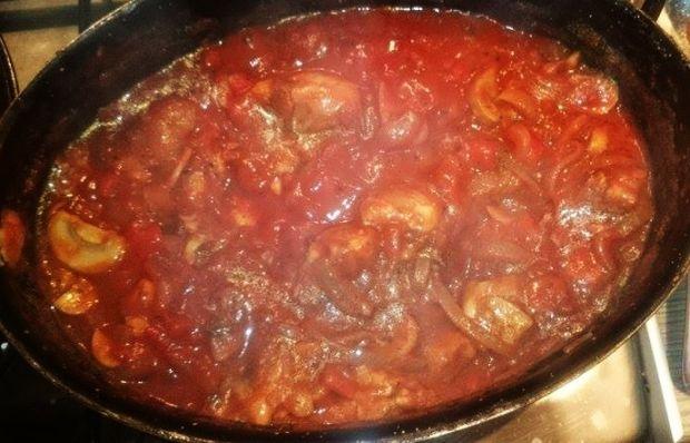 Penne z kurczakiem i pomidorami