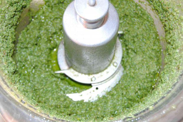 Pesto z pokrzywy