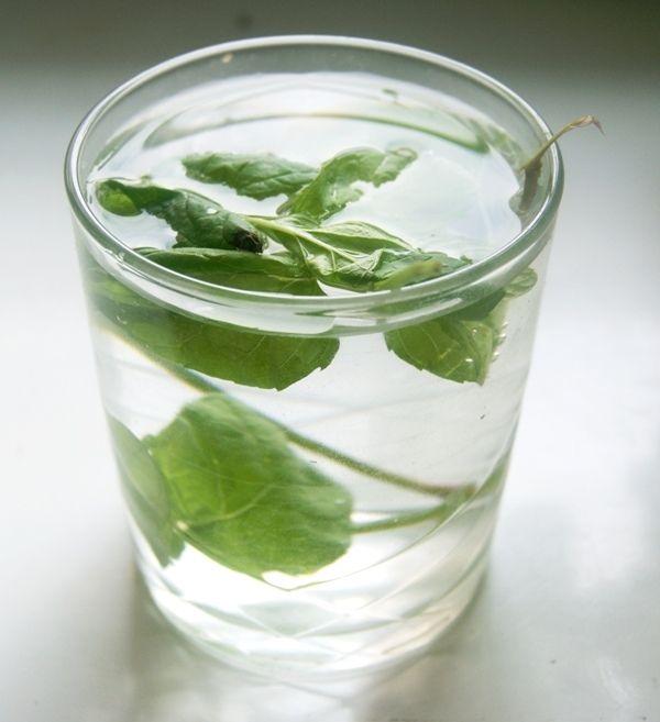 Pianka z zielonym sosem