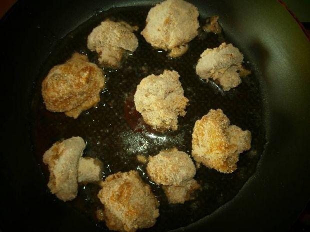 Pieczarki panierowane w jajku i w bułce tartej