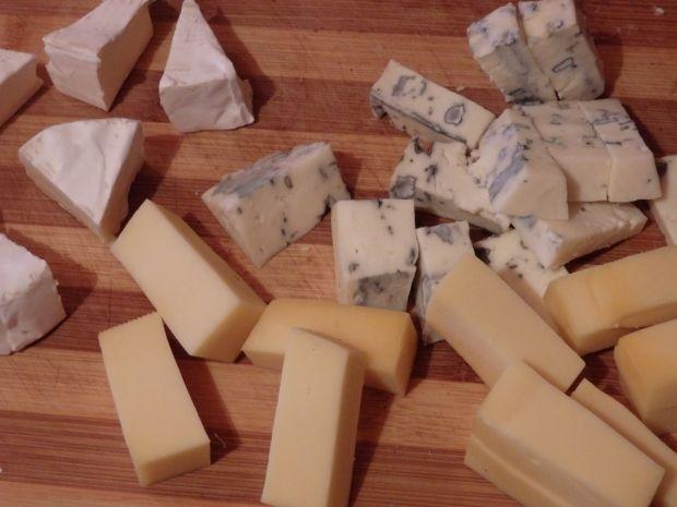 Pieczarki pełne sera