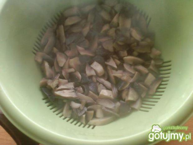 Pieczarki w sosie śmietanowym
