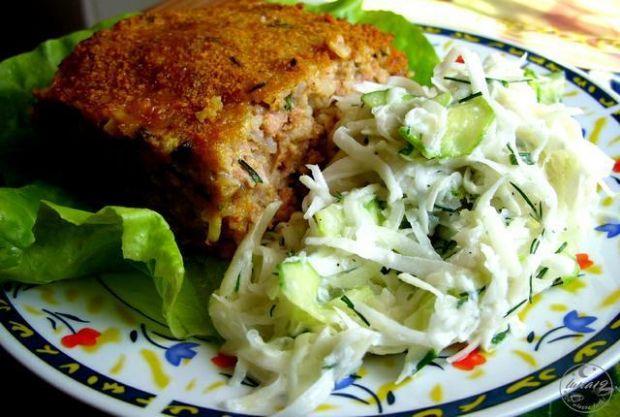 Pieczeń ryżowo - mięsna i surówka