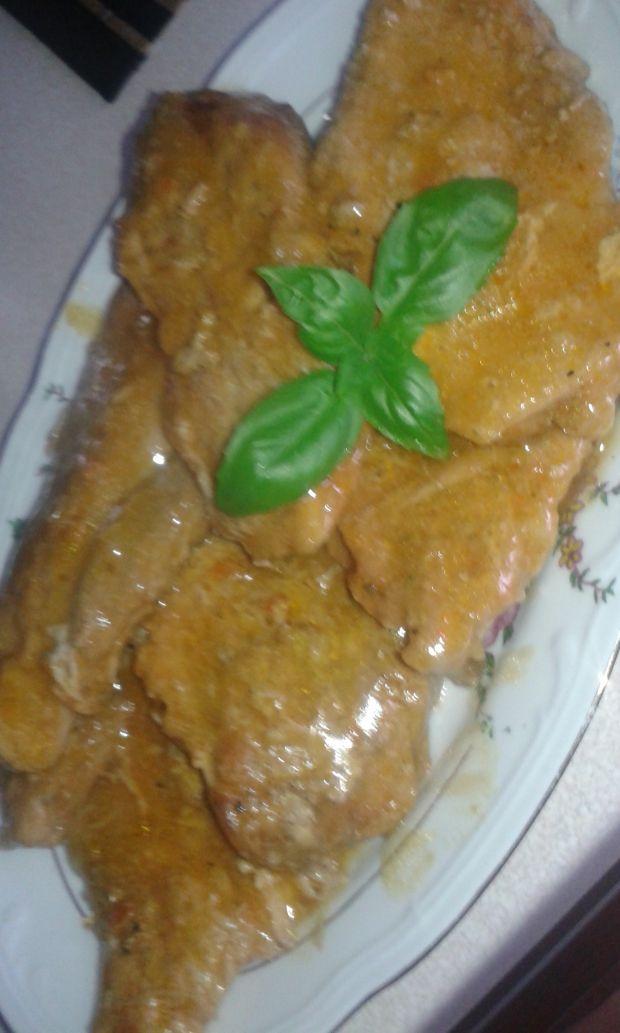 Pieczeń z szynki w sosie własnym