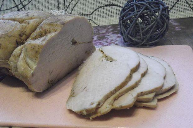 Pieczona pierś z indyka na kanapki