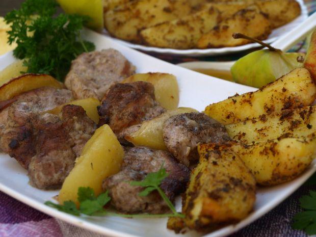 Pieczona polędwiczka wieprzowa z jabłkami i cydrem