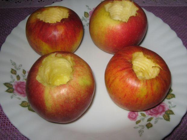 Pieczone jabłka z konfiturą