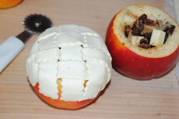 Pieczone jabłka z niespodzianką