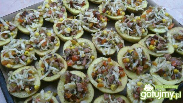 Pieczone nafaszerowane ziemniaki