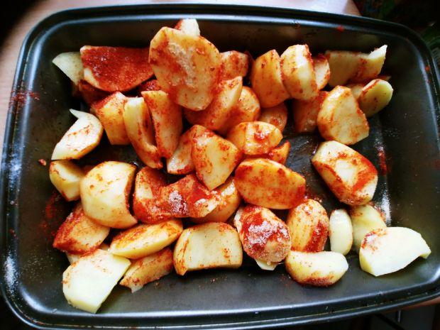 Pieczone ziemniaczki w pikantnych przyprawach