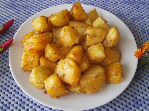 Pieczone ziemniaczki z papryką i tymiankiem
