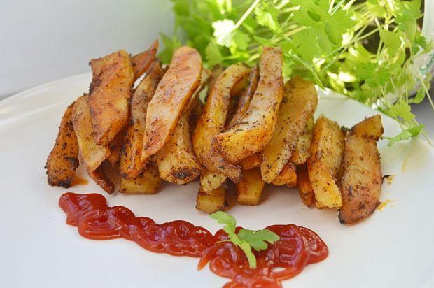 Pieczone ziemniaki (frytki) w ziołach