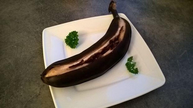 Pieczony banan z czekoladą