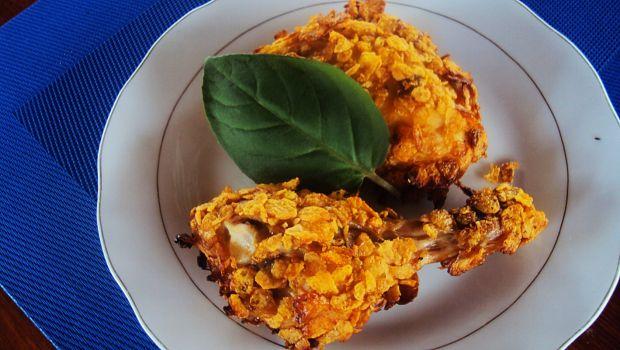 Pieczony kurczak w płatkach kukurydzianych