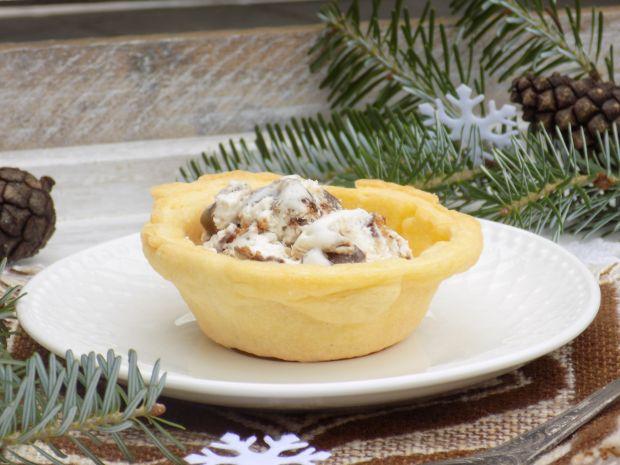 Piernikowe lody w muffinkowych miseczkach