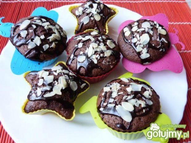 Piernikowe muffinki z serem twarogowym